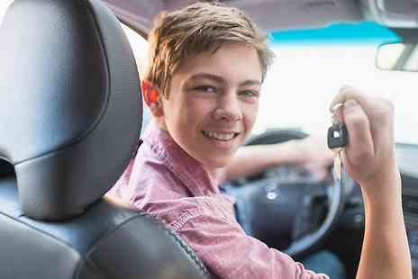 Start Driving 14 - 35 Minute One to One Driving Lesson for Ages 14 to 17  - Save 59%
