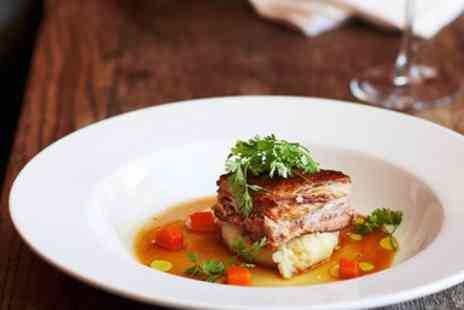 The Oak House - Three Course Meal & Bubbly for 2 - Save 51%