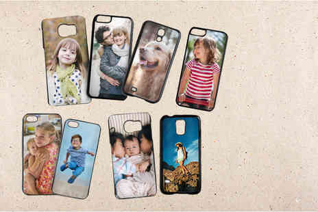 Snapfish - IPhone or Samsung personalised phone case - Save 42%