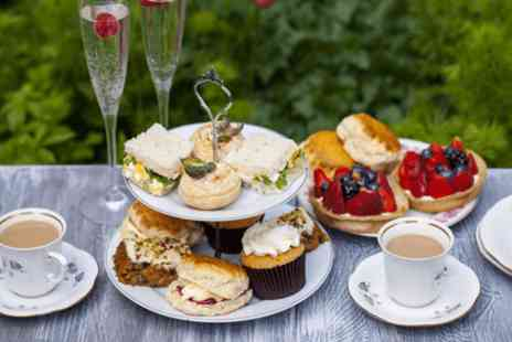 dreamwater lounge Stockton Heath - Afternoon tea with bubbly and a massage for one - Save 63%