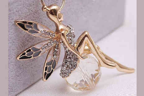 AthenaFashion E Store - Fairy Wings Necklace - Save 0%