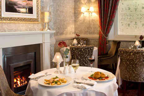 The George Hotel - Overnight Stay for Two, with Breakfast, Hot Chocolate and Crumpets on Arrival, Three Course Dinner, and Late Checkout - Save 52%