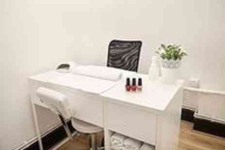 Diva Angels - Eight sessions of Ellipse Laser Hair Removal  - Save 70%