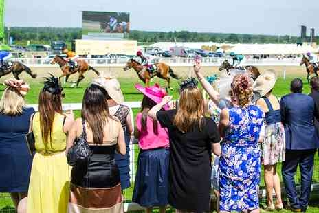 Eventmasters -  Royal Ascot Horseracing VIP Package with Prosecco Reception, Lunch and Afternoon Tea - Save 0%