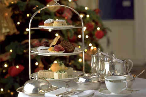 2EAT at Grendon Lakes  - Festive Afternoon Tea with Optional Mulled Wine for Two - Save 51%