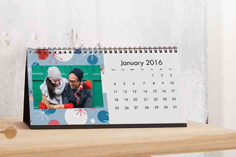 Snapfish - Desk calendar personalised with your photos - Save 82%