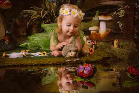 Paul Johnson Photography - One Hour Fairytale Photoshoot With Prints - Save 93%
