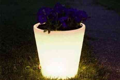 Gift Mountain - Colour Changing Plant Pot - Save 73%