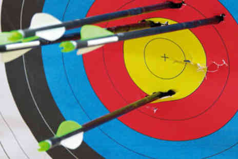 Archery - Archery for Two in Berkshire - Save 50%