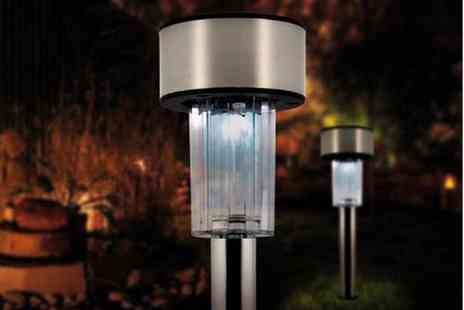 Gift Mountain - Stainless Steel Solar Post Lights - Save 80%