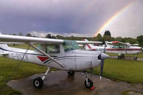 Stars Fly Flying School - Half day pilot experience for one - Save 0%
