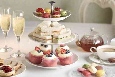 The Queens Hotel - Afternoon Tea with Prosecco and Cocktail for Two - Save 58%