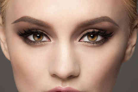 Little Lab - 90 minute smokey eye masterclass and professional airbrush foundation makeover - Save 83%