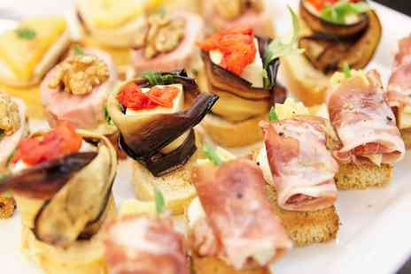 The White Hart - Sharing Platter with a Glass of Wine  - Save 0%