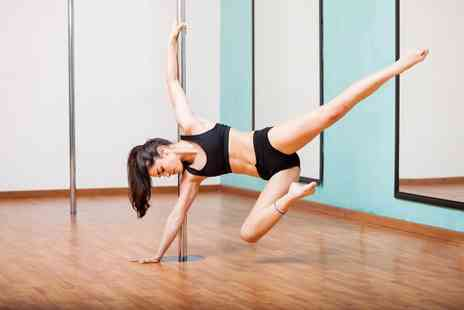 LexyRoQ Pole Studios - Three one hour casual pole dancing classes for an eight week beginners course - Save 61%