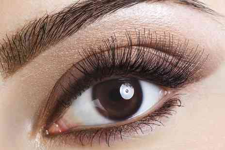 Extensionique - Full Set of Eyelash Extensions - Save 0%