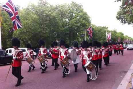 Viator - London Walking Tour Including Fast Track Westminster Abbey Visit and Changing of the Guard - Save 0%