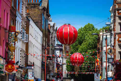 Viator - London Photography Walking Tour from Trafalgar Square to Covent Garden - Save 0%