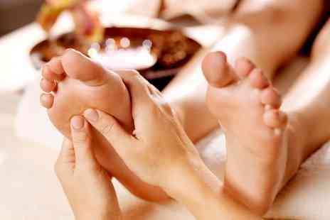 Beauty 2  - One Session of Reflexology  - Save 53%