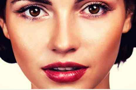 Rock Chic Beauty Holborn - Deluxe FACE  Deep Cleanse Facial no Extractions - Save 55%