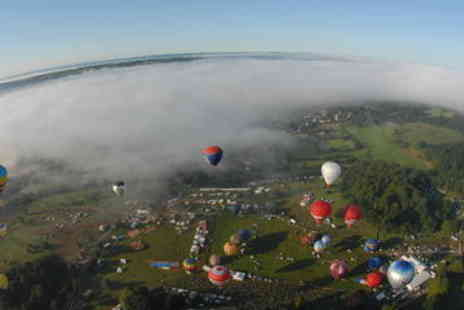 Viator - Sunrise Hot Air Balloon Flight at the Bristol Balloon Fiesta - Save 0%