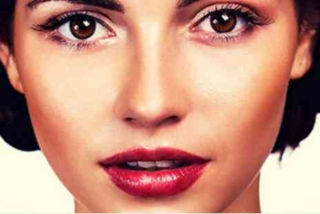 Rock Chic Beauty Holborn - Deluxe ARTISTRY Hydra V deep cleanse facial with Extractions - Save 53%
