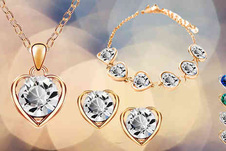 Crazee Trend - Valentine Heart Jewellery Set Choice of Four Colours - Save 89%