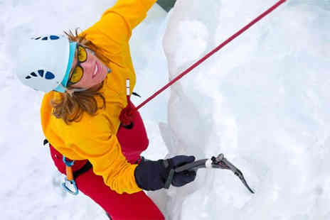 Buyagift - 40 minute ice climbing experience  - Save 0%