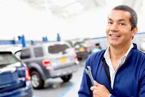 G Harrison Foxhunters Garage - MOT Test, 28 Point Inspection and Fluid Top Up  - Save 72%
