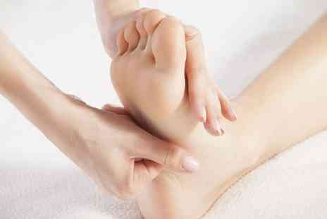Head 2 Toe Beauty - Reflexology Session with an Optional Face and Head Massage - Save 0%