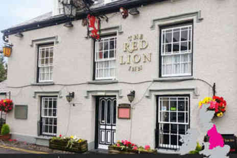The Red Lion Inn - One, Two or Three Night Stay With Breakfast - Save 53%
