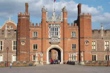 Windsor Castle - Hampton Court Palace Shuttle from Windsor Castle - Save 0%