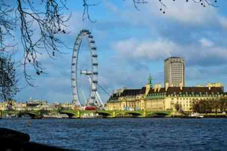 Viator - Private Transfer from Heathrow Airport to Central London for Up to 4 Passengers - Save 0%
