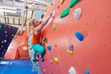 The Arch Climbing Wall North - One Session of Indoor Climbing with Introduction and a Full Day Pass   - Save 70%
