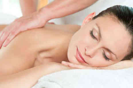 Orchid Thai Massage - Hour long Swedish oil massage - Save 53%