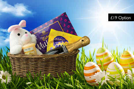 IQGB - Easter hamper including Prosecco, a Yankee candle and chocolates - Save 62%