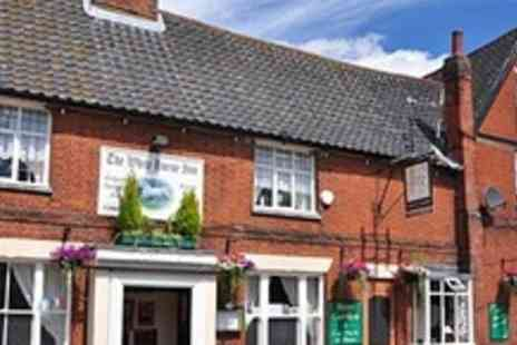 The White Horse Inn - One Night Stay For Two With Bottle of Wine and Breakfast in Kenninghall - Save 54%