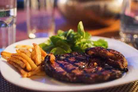 The Bay Horse Hotel - Steak Meal for Two or Four with Glass of Prosecco - Save 52%