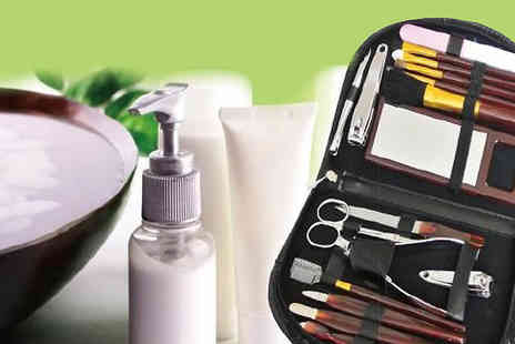 london exchainstore - 18 Piece Manicure & Make Up Set - Save 53%