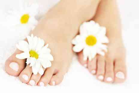 The Aesthetics Clinic - Laser fungal treatment on one, Two Nails or full hand or foot - Save 68%