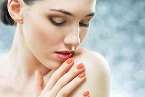 Beauty Box - Shellac manicure include a Shellac pedicure - Save 60%