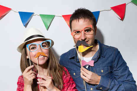 DAM Photography - Three hours of indoor photobooth hire - Save 57%