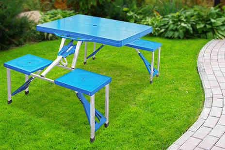 Hungry Bazaar - Folding picnic table with four seats - Save 58%
