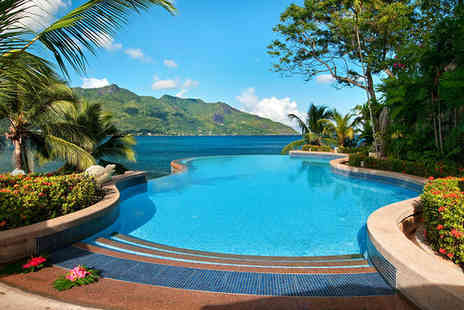 The Hilton Northolme - Five Star 12 nights Stay in a Hillside Ocean View Villa - Save 34%