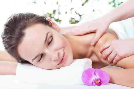 Kneads - Choice of One Hour Swedish, Deep Tissue or Indian Head Massage  - Save 0%