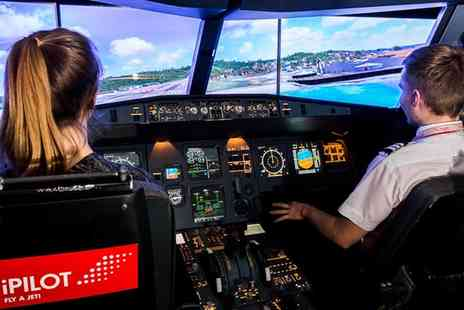 iPilot - Flight Simulator Experience with Qualified Airline Pilot of Up to 90 Minutes - Save 61%