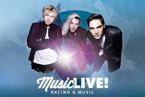 Wolverhampton Racecourse - Busted Live and Horse Racing at Wolverhampton Racecourse, 3 September - Save 0%