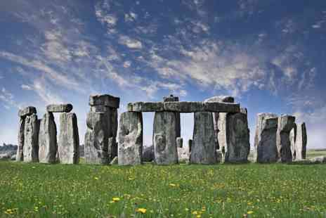 Golden Tours - Nine hour Stonehenge and Bath tour - Save 50%