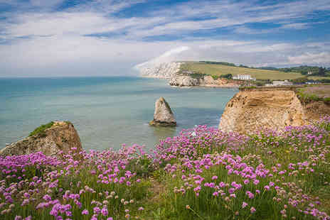 Phoenix Tours - Ticket for an Isle of Wight day trip including return ferry travel on 26th June or 3rd July - Save 46%