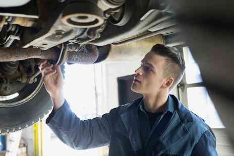 Broadway Garage - Full MOT Test with Air Conditioning Check for a Car or Van - Save 0%